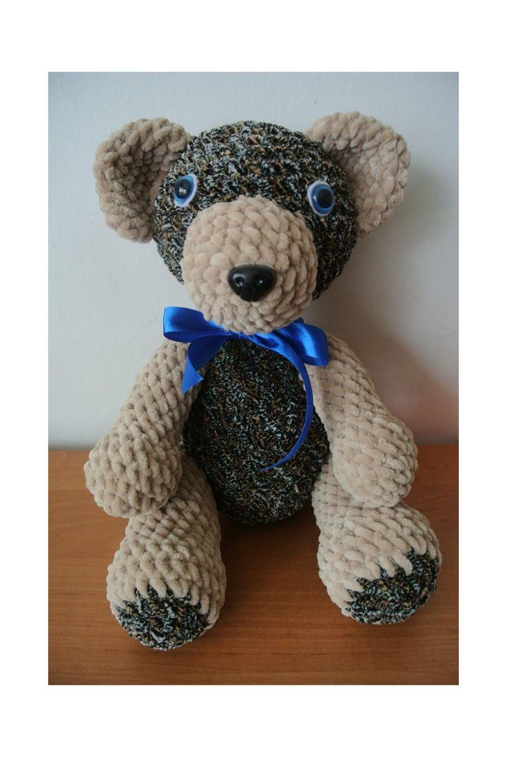 Florián-medvídek+medvídek+háčkovaný+z+měkkoučké+příze+dolphin+baby,plněné+dutým+vláknem,bezpečnostní+oči+a+čumáček,výška+35+cm,lze+prát+na+30