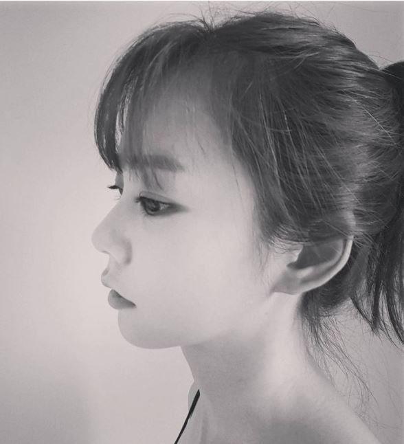 Ex-KARA Member Han Seung Yeon Shows Off Her Barista Skills | Koogle TV