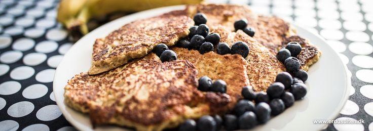 Bananpandekager uden sukker og mel . Ingen mel? Ingen sukker? Nej. Og jeg siger dig, de smager godt!