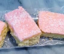 Iced coconut slice