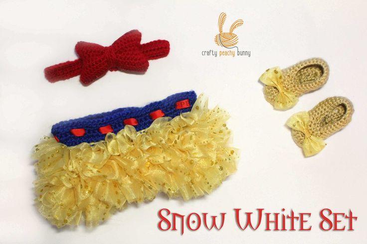 Snow white tutu set  #snowwhite #tutu #set #crochet #gold #ruffle #skirt #red #headband #bow #shoes #pumps #disney #photoprops #newborn #baby