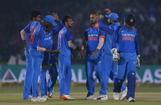 Live Score Cricket India vs New Zealand 1st T20I Pandya removes Williamson New Zealand chase in disarray - India TV #757Live