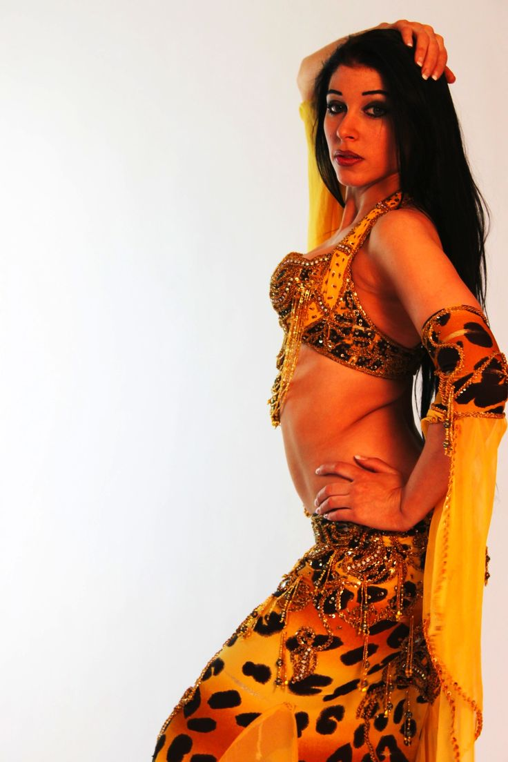 http://www.brightonorient.com/components/com_virtuemart/shop_image/product/Belly_dance_cost_4bbd9867ef6e8.jpg