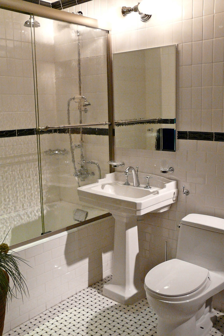 Photo Gallery For Photographers Bathroom Wonderful Small Bathroom Design With Adorable White Ceramic Pedestal Plus Vertical Wall Mirror On The White Ceramic Tile Wall And Comfortable