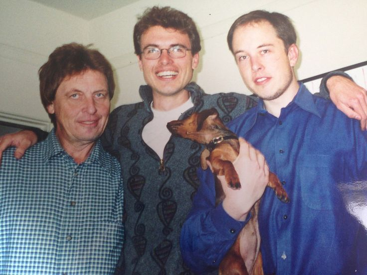 Description of . Courtesy Alexandra Musk -- Elon Musk, right, in this undated photo is shown with his younger brother Kimbal, center, and father Errol, left.