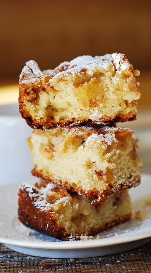 Cinnamon apple cake bars.  Huge chunks of apples tossed in cinnamon and brown sugar!  Super easy and yummy dessert! | JuliasAlbum.com |  #Fall_baking #apples