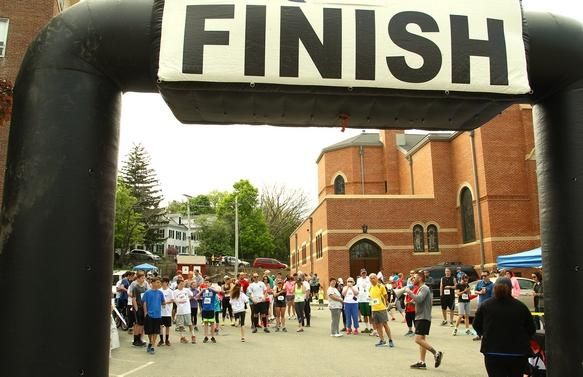hingham memorial day run 2015