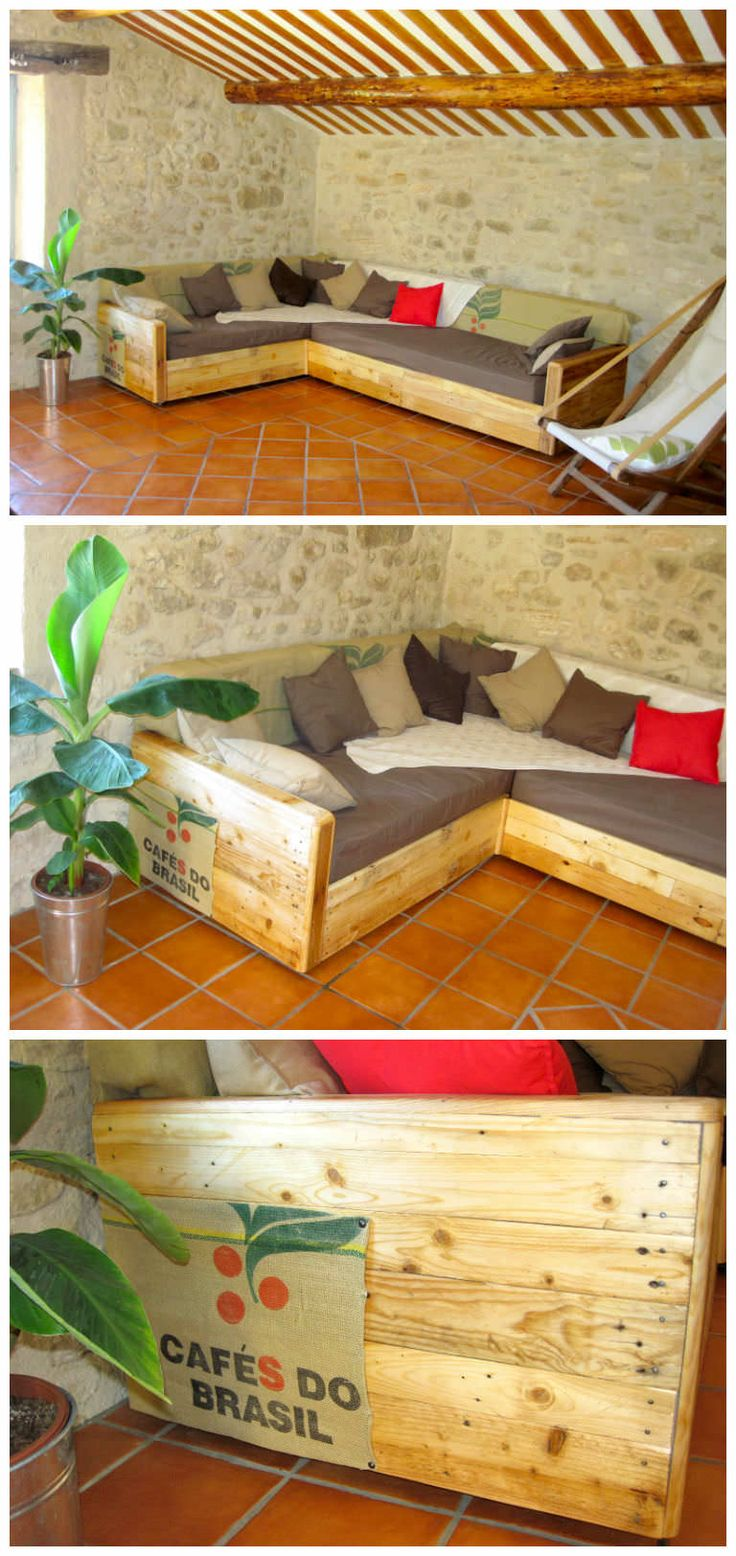 King Size Sofa Made Out Of Pallets #PalletSofa, #RecycledPallet