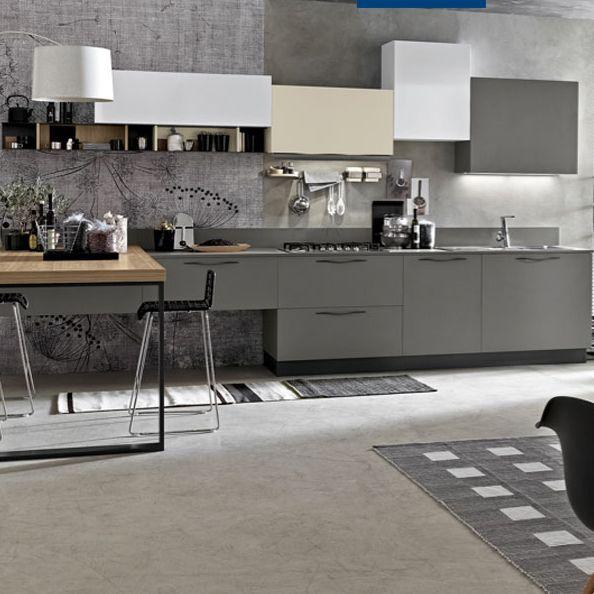 C'EST NOUVEAU. Laque douce au toucher, pierre, bois, jeu de profondeur et Couleurs® Le Corbusier … les cuisines Leicht affirment leur originalité.
