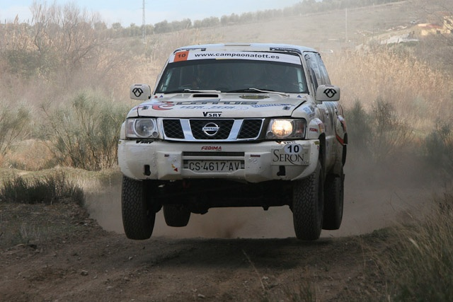 Nissan Patrol flying!!!