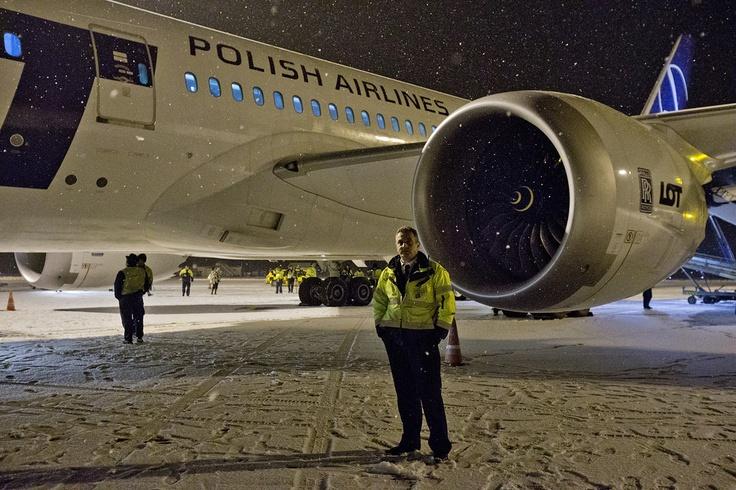 Index - Leszállt a budapesti Liszt Ferenc-repülőtéren a LOT legújabb gépe a Boeing 787-800-as Dreamliner – Galéria