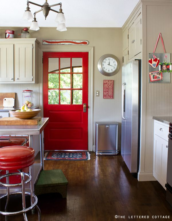 Red door accent in a cream-colored kitchen, plus DIY Shaker-style cabinet doors. I Love the red door.: Red Kitchen, Red Doors, Interiors Doors, The Doors, Paintings Doors, Back Doors, Color, Kitchens Doors, Red Accent