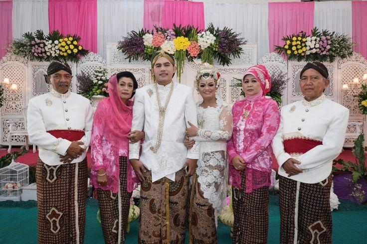 Javanese Wedding Pic 5