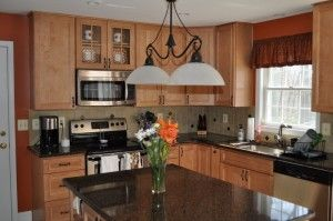 Split level kitchen remodeling ideas pictures kitchen for Split foyer kitchen ideas