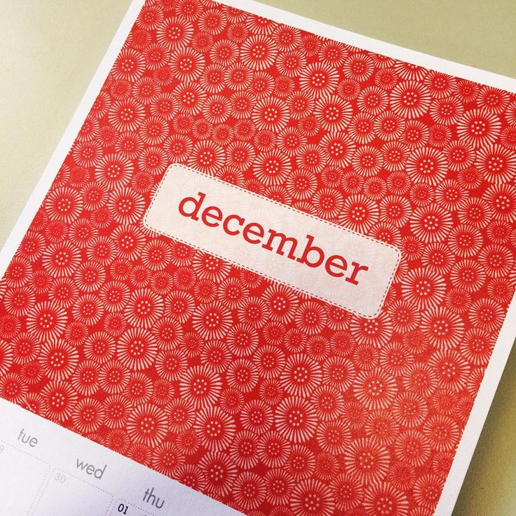 Stay organised with this calendar featuring vintage fabrics. www.missmegshop.etsy.com