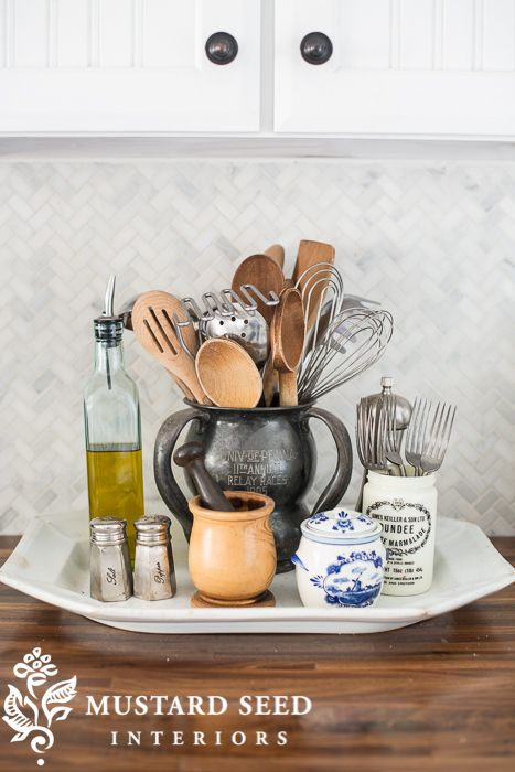 using a large platter to control countertop clutter | miss mustardseed