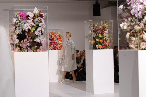 inspiration floral displays - jil sander fa2012