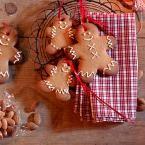 Lebkuchenmännchen als Weihnachtsdeko