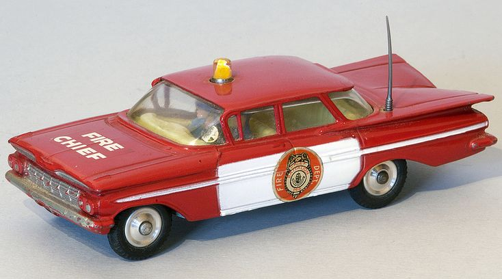 Corgi Toys No. 439 Chevrolet Impala Fire Chief's Car
