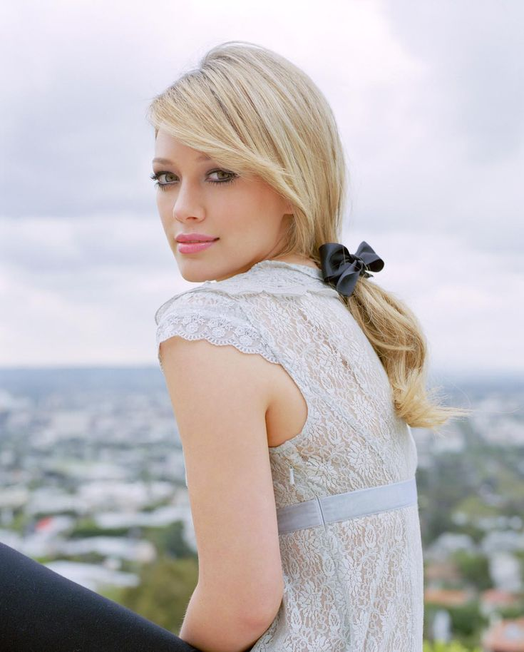 Hilary duff-love this photo+clothes+hair