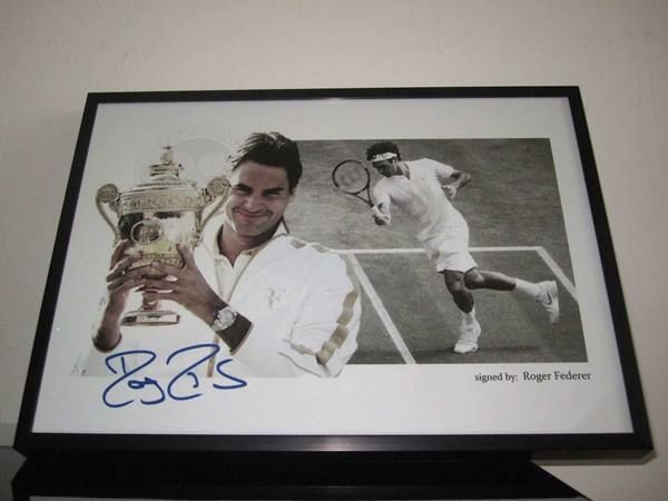 Roger Federer - Wimbledon - Autogramm - 20.09.2016 11:10:00 - 1