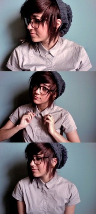 Gaydar went ping! Then I saw the tumblr url... This is my future girlfriend guys <3