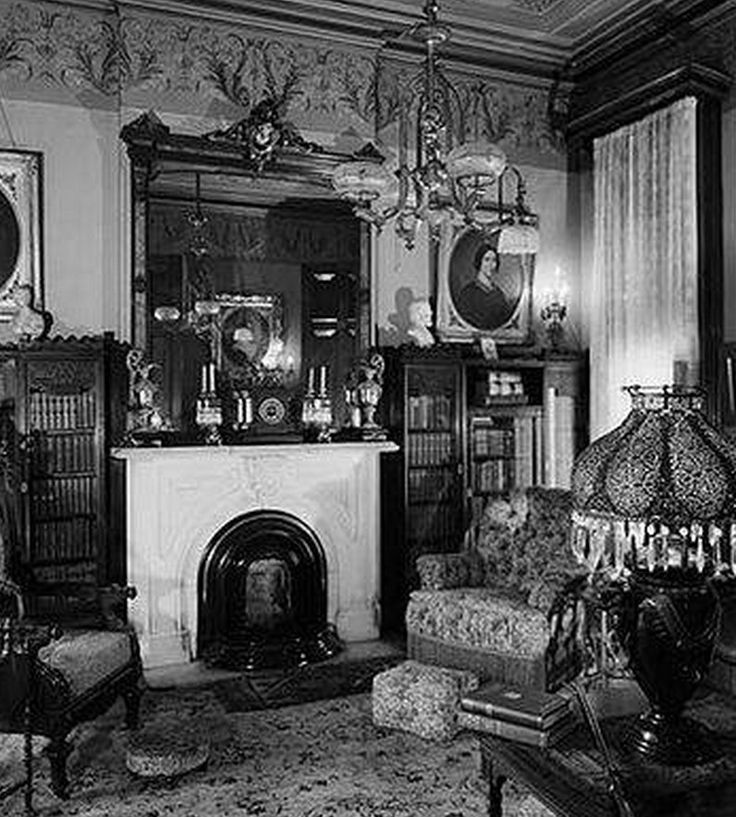 Best 25+ Old victorian houses ideas on Pinterest   Old ...