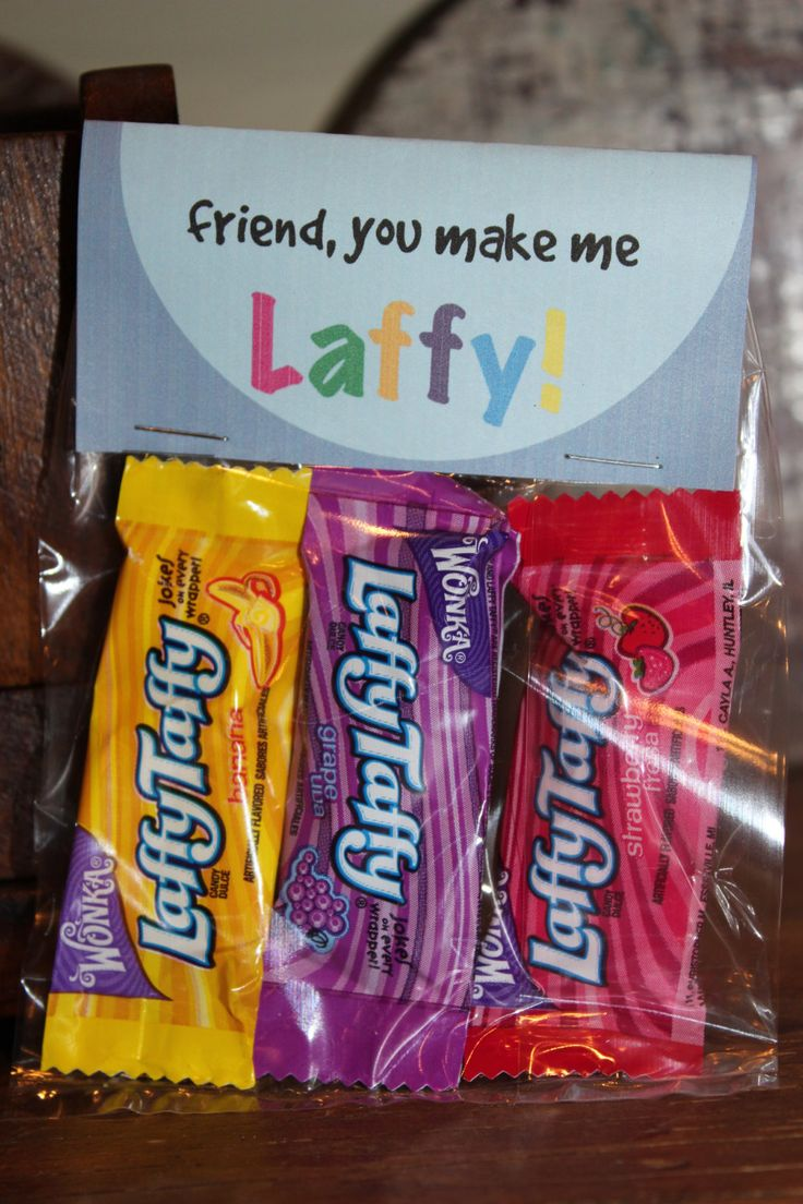 Give a creative and cute Valentines Day gift for the friends and family in your life that make you laugh. The tag says, Friend, You Make Me Laffy. 6 fold-over tags are included, and you can print file as many times as you want. Fill a cellophane bag with Laffy Taffy candy, then staple the tag on top. Also listed in our shop are other Valentines Day tags from this collection. If your interested in all 4 of them, convo us. - To my stud muffin {muffin} - I think youre a cutie {clementine…