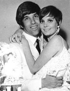 Jon Peters and Lesley Ann Warren married in 1967