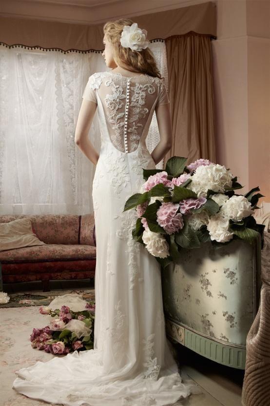 Miamia Alan Hannah Bridal Collection Printemps ♥ miamia Retour Clematis Bouton Robe de mariée avec des appliques de dentelle bel