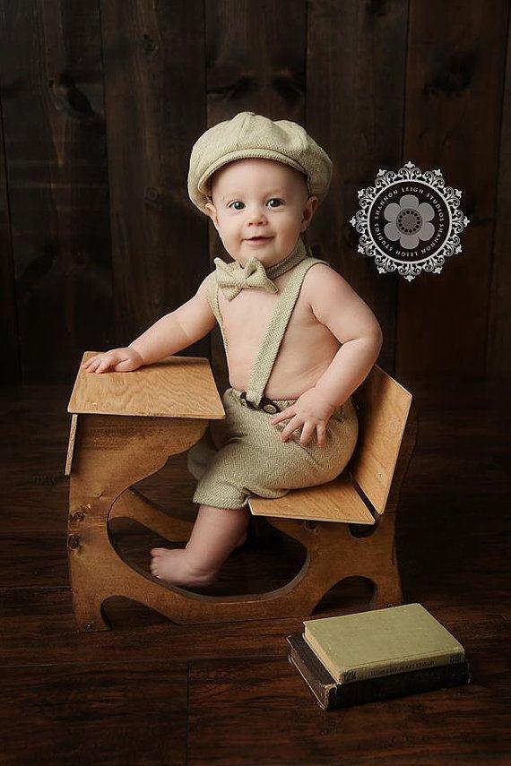 Garçon de circonstance, la tenue de bébé garçon, gâteau Smash, costume d