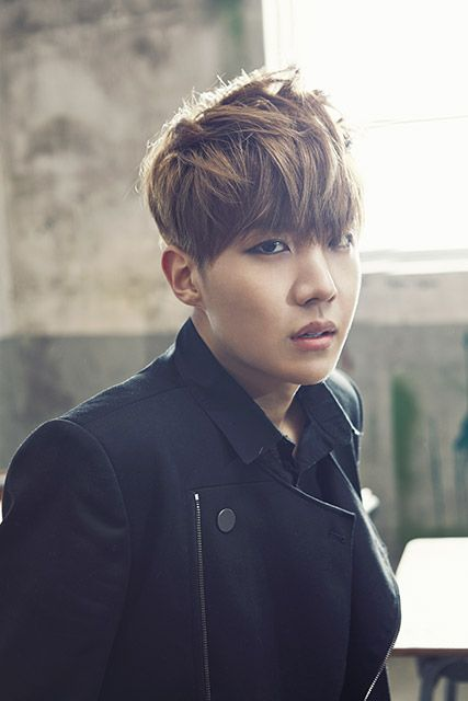 J-Hope - so many words to describe this young man.  At this moment only one word - Beautiful!