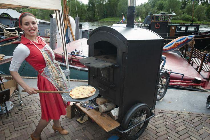 Reizende pizza oven