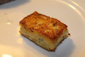 """En nem og superlækker kartoffel, som gør det godt som tilbehør til rødt kød og vildt. Opskriften giver ca. 15 """"ruder"""" - beregn 2 pr...."""