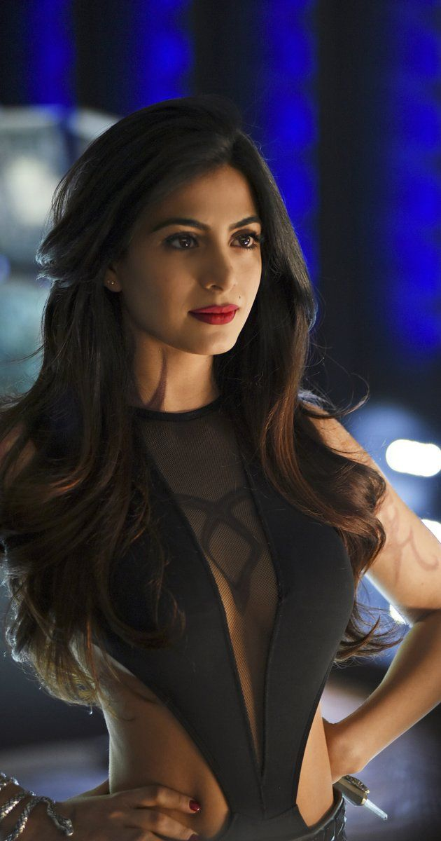 Pictures & Photos of Emeraude Toubia - IMDb