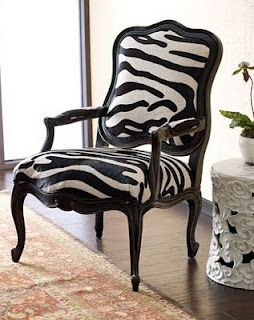 Lovely: Decor Ideas, Chairs Tables, Cadires Chairs, Black And White, Chairs Can, Zebra Print Chairs, Black White, Accent Chairs