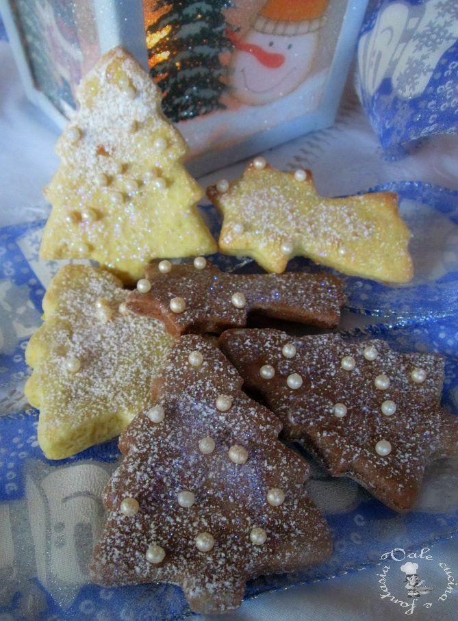 Biscottini di Natale agli agrumi e cannella