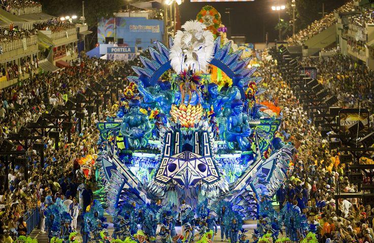 The Carnival Experience: Rio de Janeiro Blocos 2017- Jinga Experience