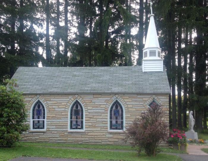 There Is No Chapel In The World Like This One In West Virginia