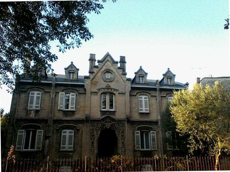 Connaissez-vous cette maison qui se situe à Bordeaux ?