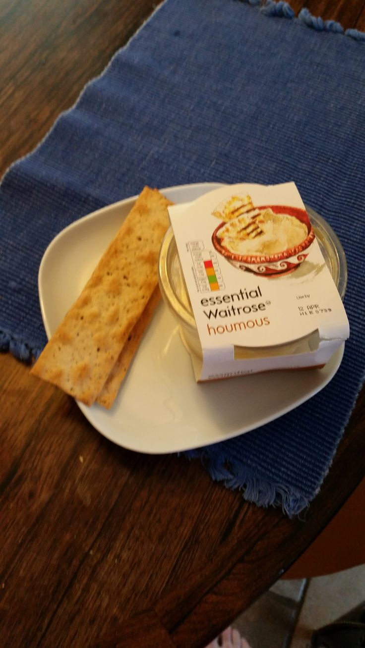 Nothing's easier than a couple of crackers and a little bit of hummus! The crackers I most enjot are Ryvita Thins: Cracked black pepper and cheddar, with just a smidge of hummus to keep things interesting. Hummus can be very fatty, so careful with your intake!