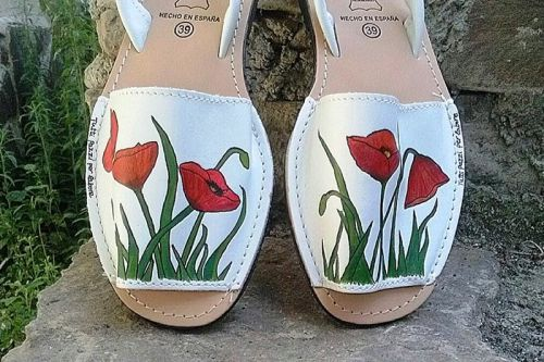 "Menorquinas ""Amapolas"" / ""Poppies"" leather sandals #menorquinas para señora…"