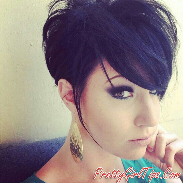 @prettygirltips Short Pixie Hairstyle With Side Bangs