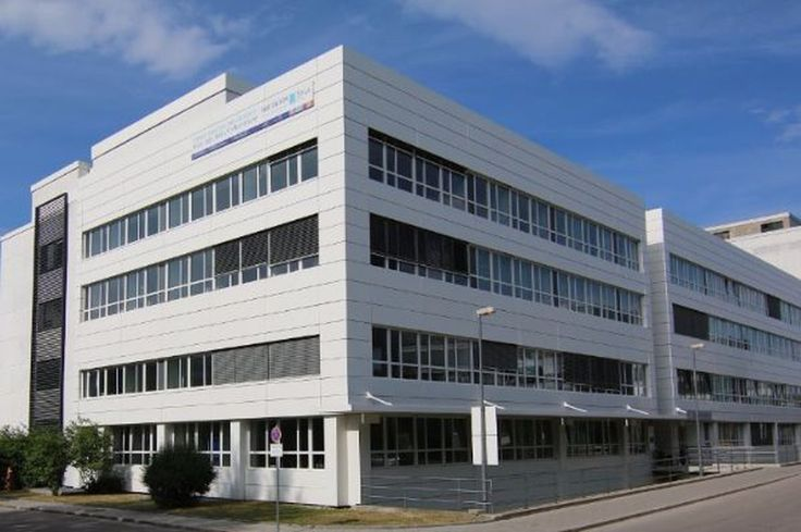 Sirius Real Estate a leading operator of branded business parks providing conventional space and flexible workspace in Germany is pleased to announce the completion of the sale of its Rupert Mayer Strasse business park in Munich for 85m to Munich based Fiduciary Capital and the agreement to lease back and manage the asset for six years.