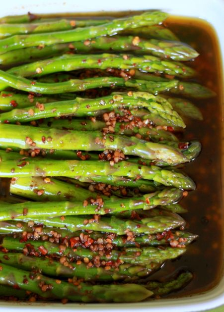 Balsamic Marinated Asparagus - see other veggie dishes, too. Lemon Spaghetti, easy tomato sauce,... yummmm