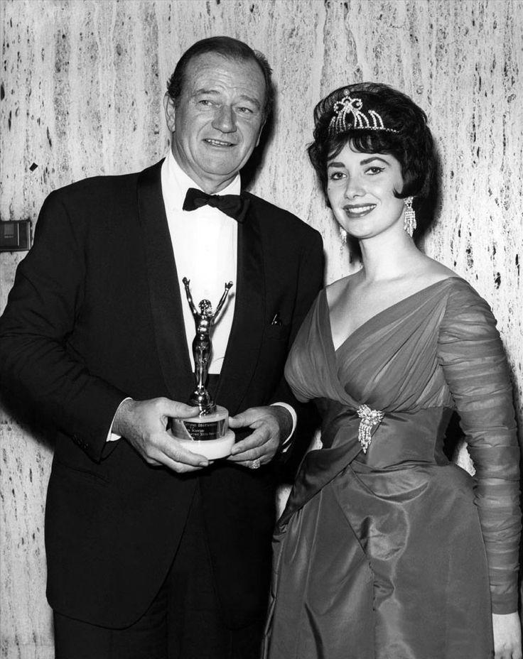 John Wayne Wife Pilar.