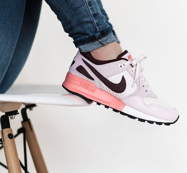 Nike Air Pegasus, Air Max, Running Shoes, Mets, Basket Nike, Workout  Attire, Instagram, Fashion Pics, Nike Women