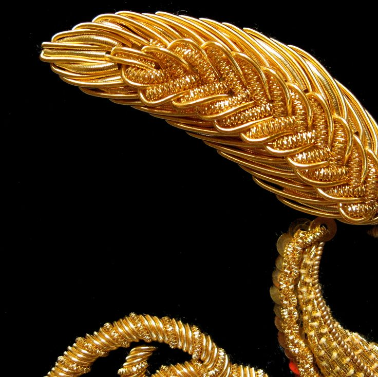 Bella Lane Specialist in Hand Embroidery - London :: Goldwork by Bella Lane