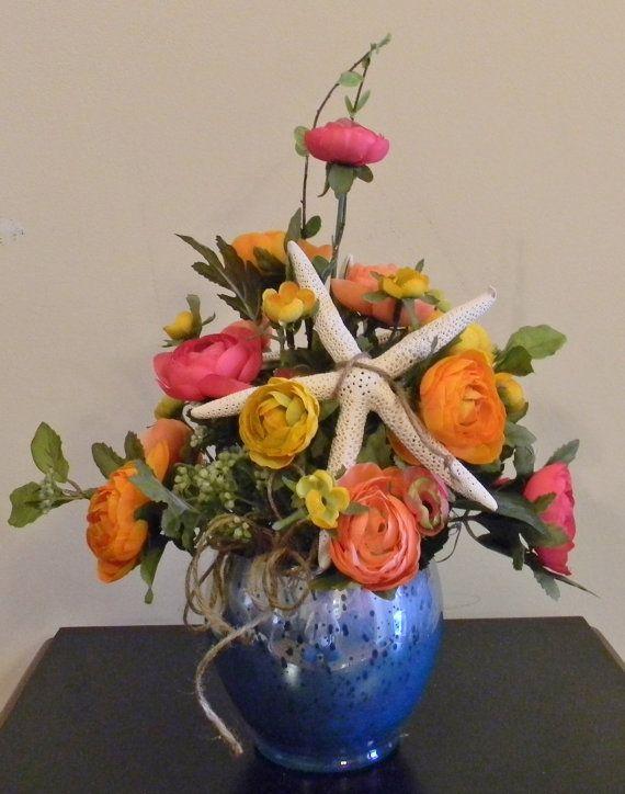 1000 images about coastal floral arrangements on for Beach house designs florist