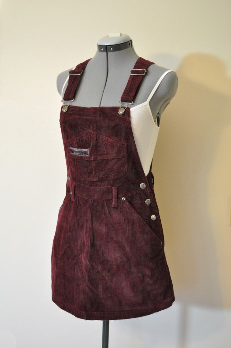 RED MAROON BIB OVERALLS - NWT RED MAROON SQUEEZE JEANS COTTON CORDUROY OVERALL SHORTS DRESS SKIRT - SIZE 7/8 SMALL (32 WAIST)